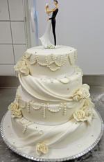 Hochzeitstorte Englischer Aufbau: White Pearl