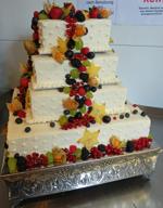 Hochzeitstorte Englischer Aufbau: Fruit Garden