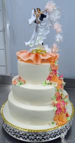 Hochzeitstorte Englischer Aufbau: Simply Blossom In Apricot And Pink
